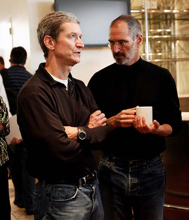 tim-cook_jobs-apple