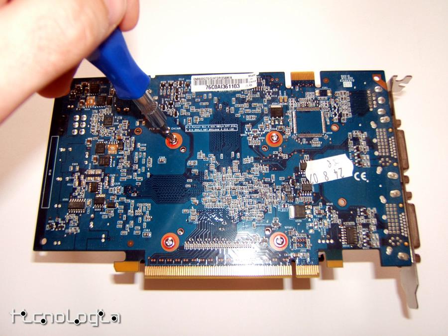 Accelero-L2-Pro_919.jpg